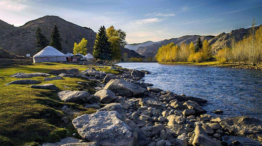 新疆旅游注意事项